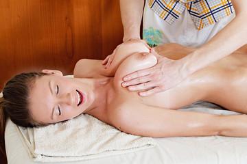 erotika-i-massazh-video